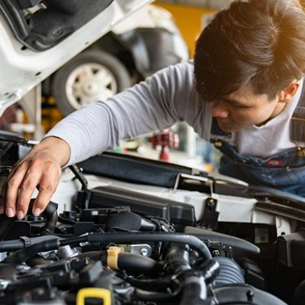 Vehicle Repair Services: Keep The Vehicle Regularly Using The Most Effective Repair Agency